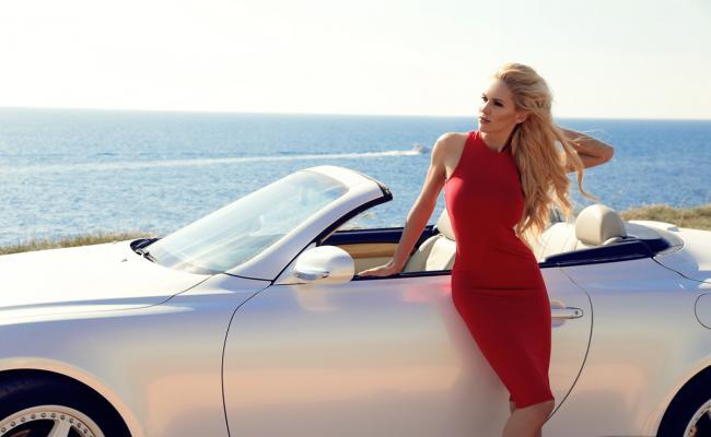 Kakšno vlogo lahko igra vaš avtomobil, ko se odpravljate na zmenek?