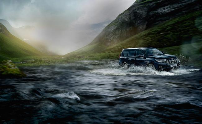 Toyota se veseli prodaje 10-milijontega Land Cruiserja ... in številka še narašča.