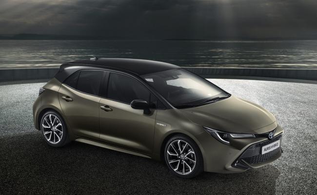 Toyota objavlja, da bodo tretjo generacijo modela Auris izdelovali v tovarni v Veliki Britaniji